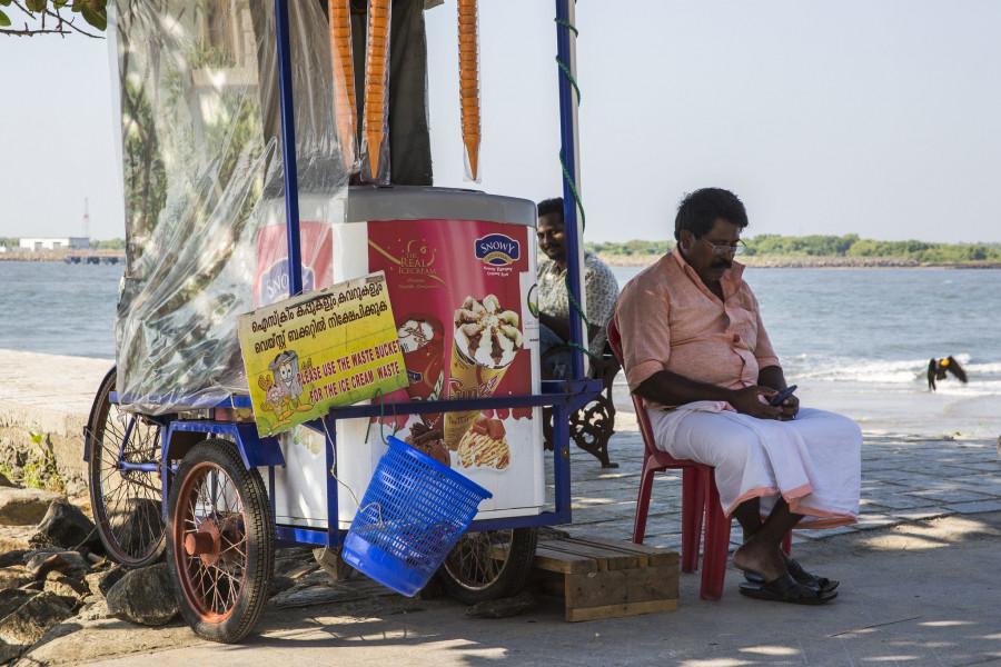 AT9CID Ice Cream Seller, Fort Kochi, Kerala, India