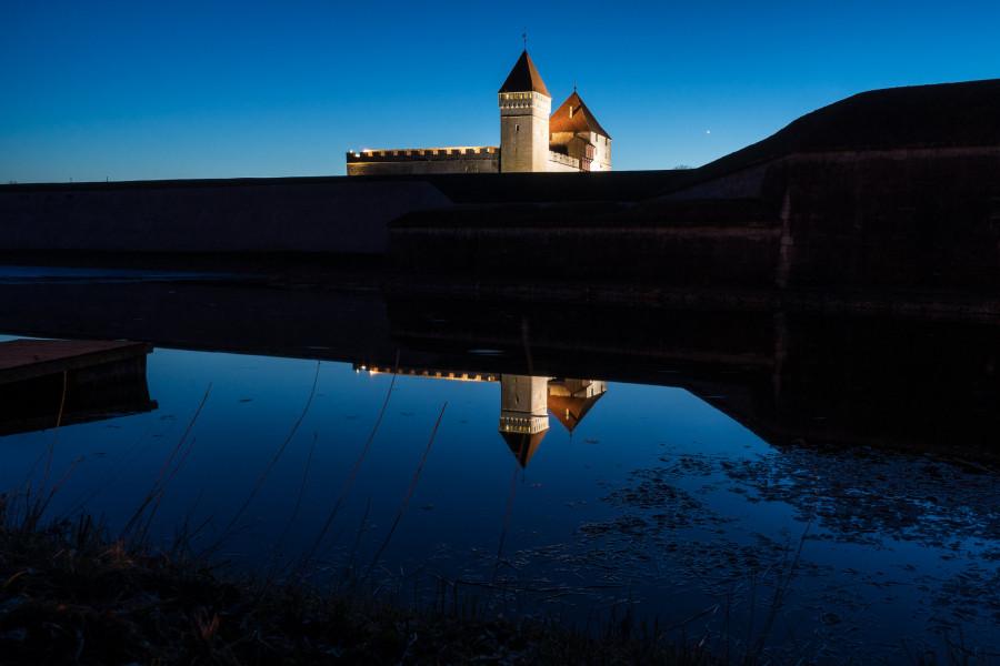 ES0/LY5O Kuressaare Castle, Saaremaa Island, Estonia