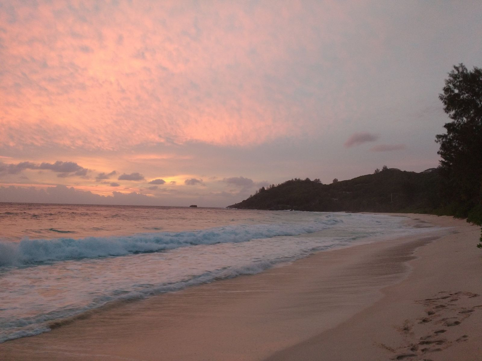 S79/DH5FS Seychelles DX News