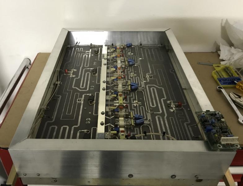 ZS4TX 6m Amplier Larcan Image 3