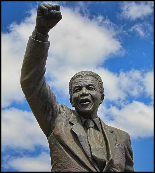 ZS/DL6GCE Nelson Mandela Statue, Drakenstein Correctional Centre, South Africa. DX News.
