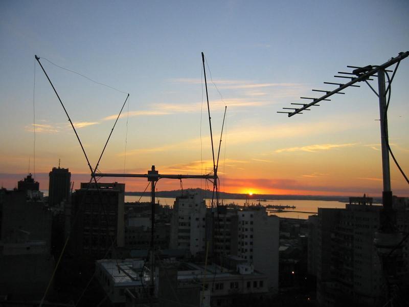 CX5BL Ralf Hemmen, Montevideo, Uruguay. Antennas.