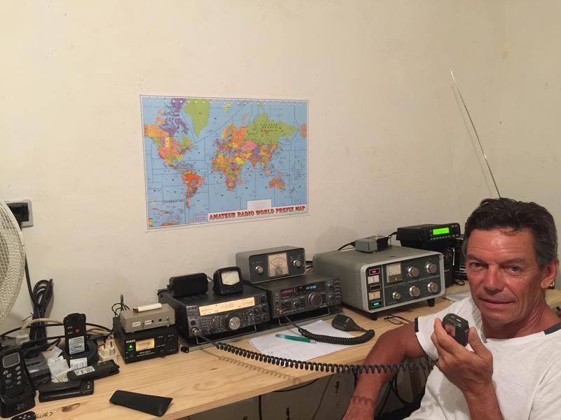 FM8QR Jean Michel Suire, Les Troits Ilets, Martinique Island. Radio Room Shack.