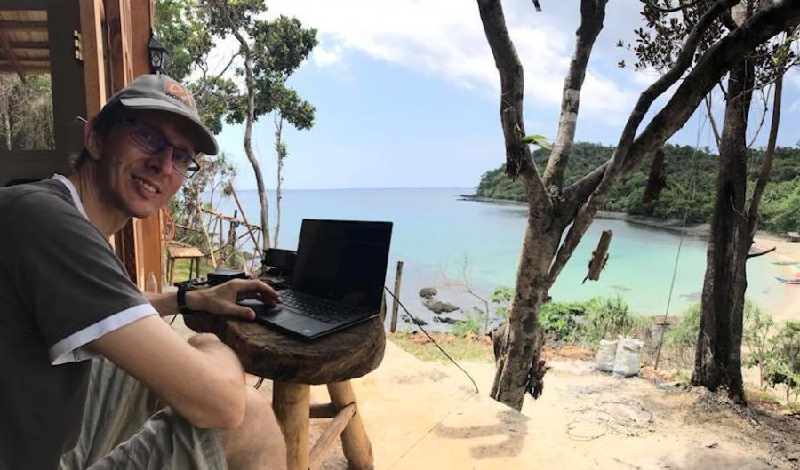 DU1WQY/1 DF8DX Puerta Princesa, Palawan Island. Image 2
