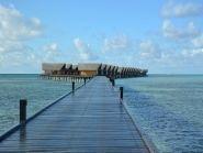 8Q7CQ Maldive Islands Meedhupparu Island