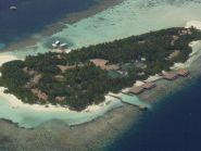 8Q7SR Embudu Island