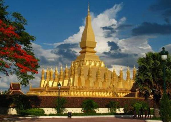 Laos XW2CW DX News Tourist Attractions