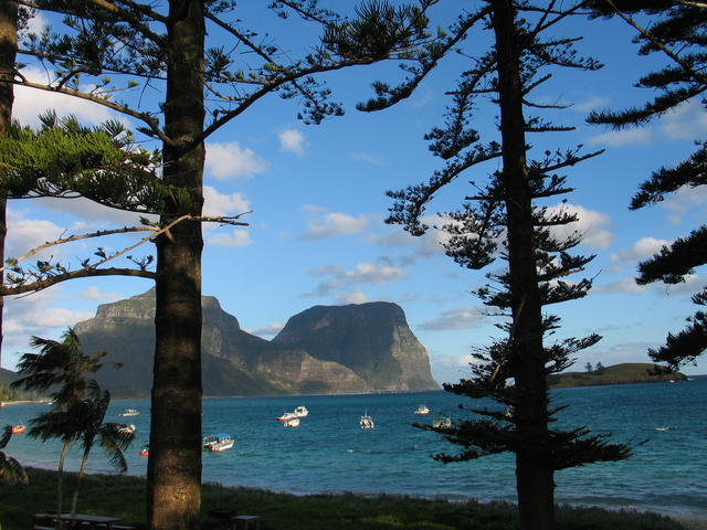 Lord Howe Island VK9LL DX News 2013