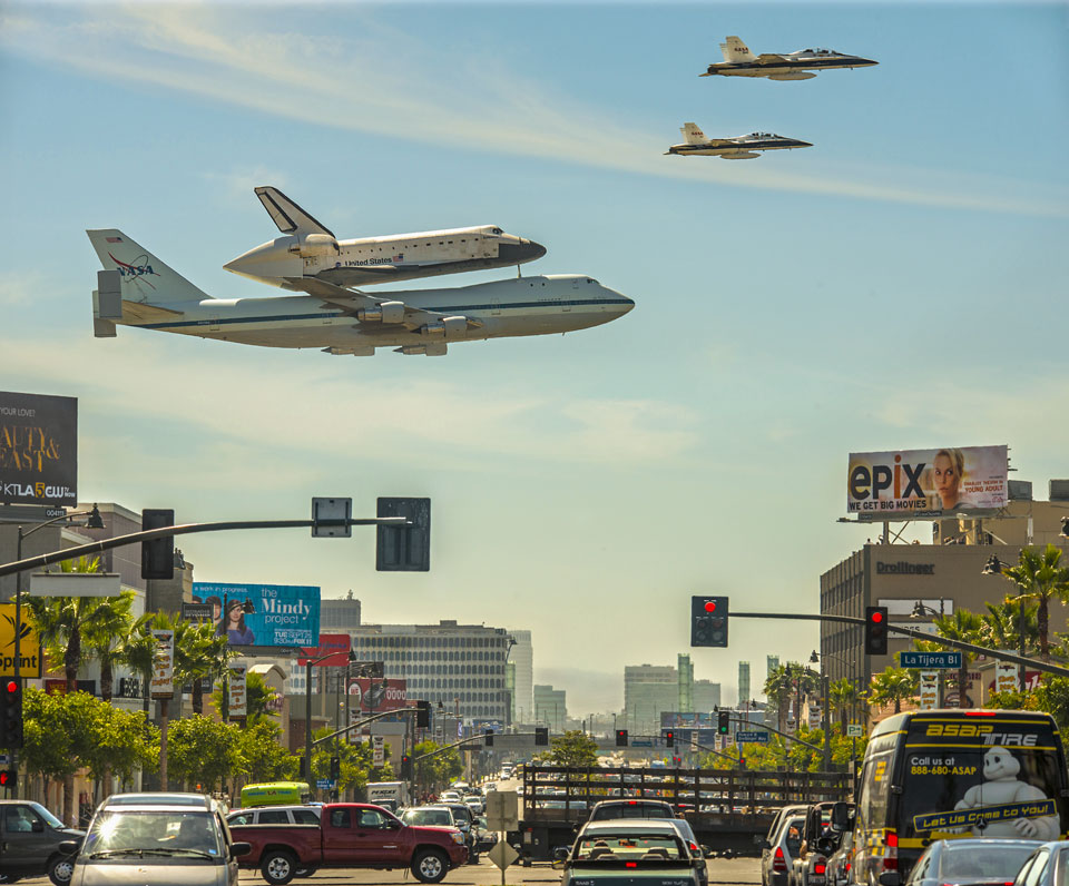 Space Shuttle over Los Angeles