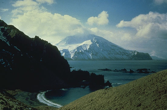 Adak Island KL7/KJ4OAP KL7/W2NFA KL7/K8GU