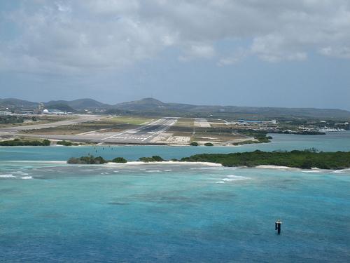 Аруба P40L Аэропорт