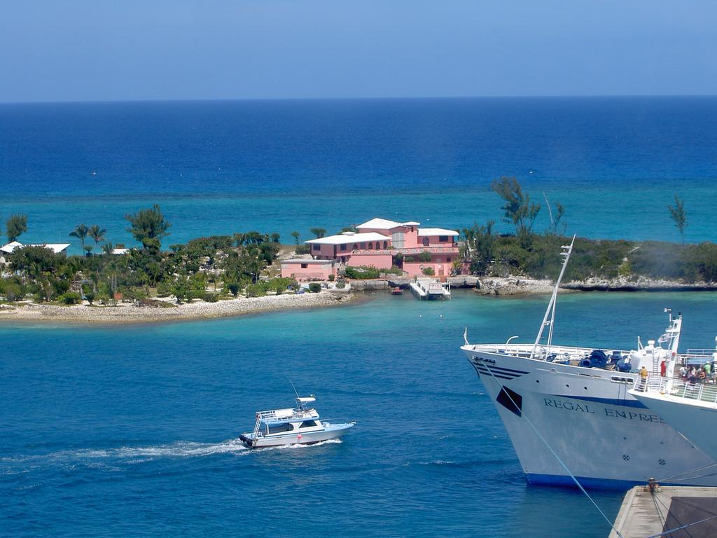 Bahamas C6AGU