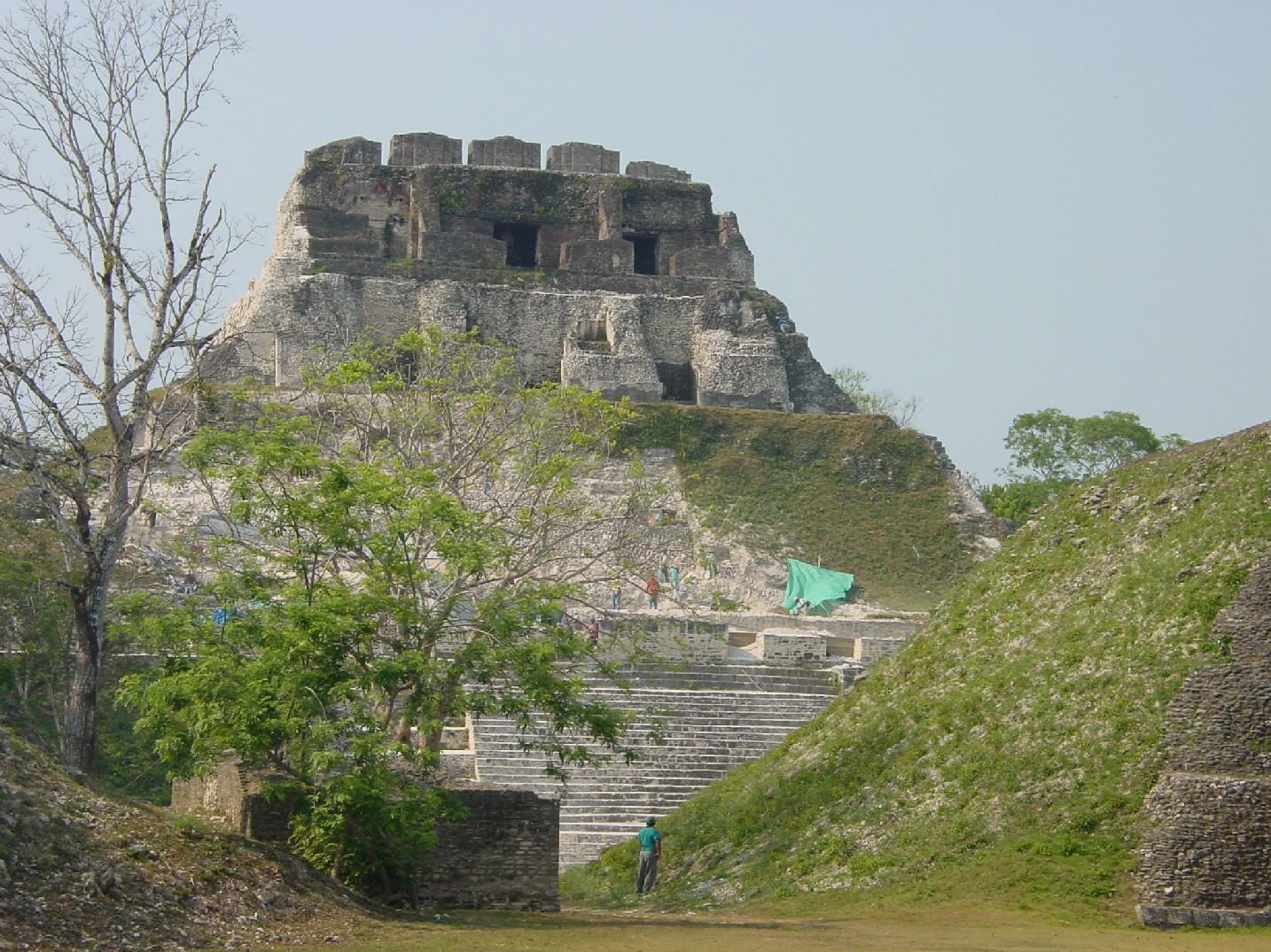 Белиз V31BG Пирамида