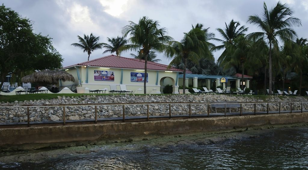 Bonaire Island PJ4/N4CCB