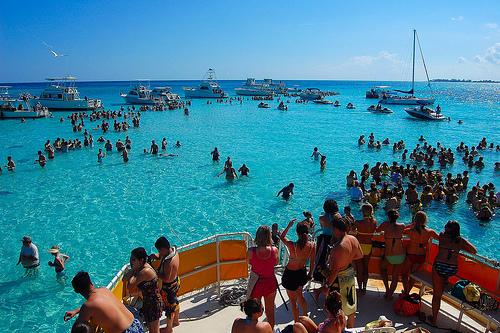 Cayman Islands DX News ZF2AM