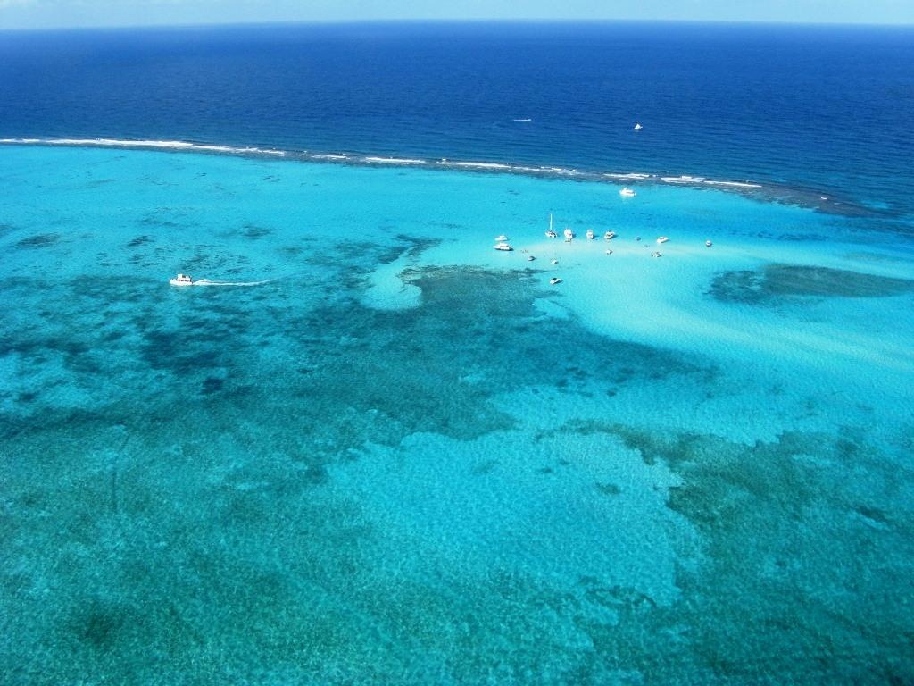 Cayman Islands DX News ZF2AM 2012