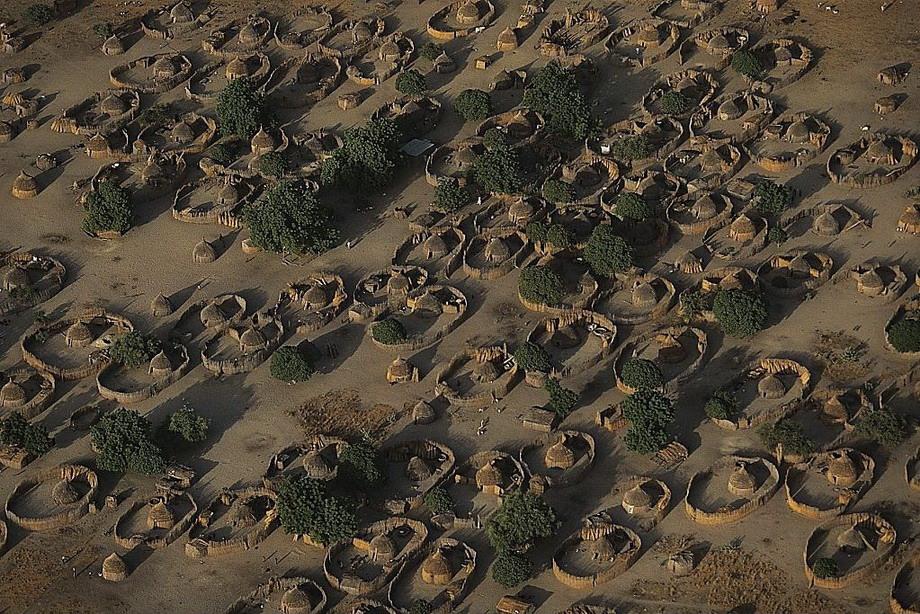 Чад TT8DX Деревня у озера Чад с птичьего полета