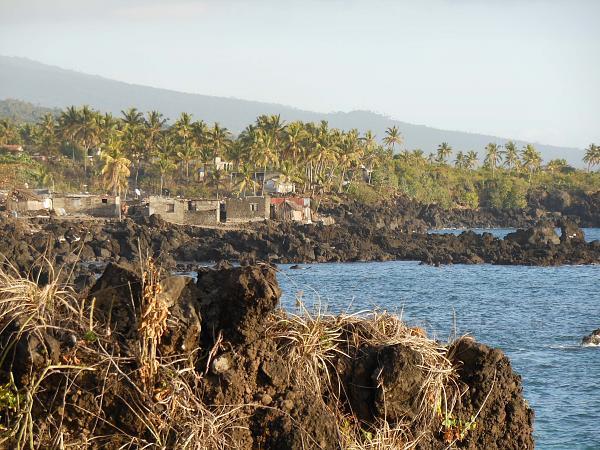 Comoro Islands D64K DX News