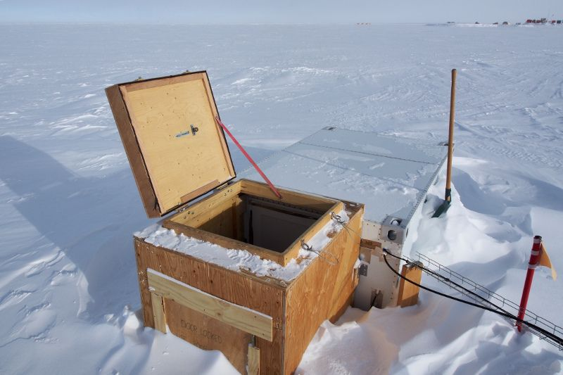 Concordia Research Station Antarctica IA/IZ3SUS HF Shelter