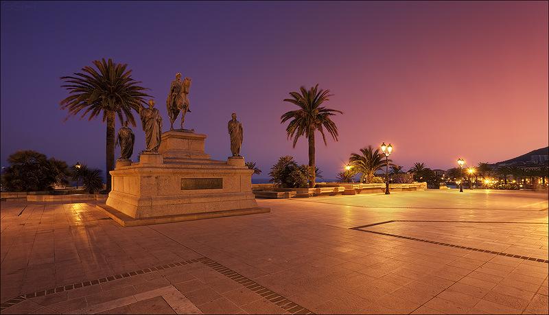 Остров Корсика Монумент Наполеону Бонапарту TK4A