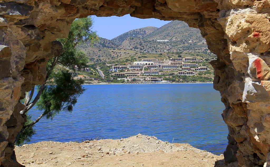 Crete Island SV9/RD8X DX News