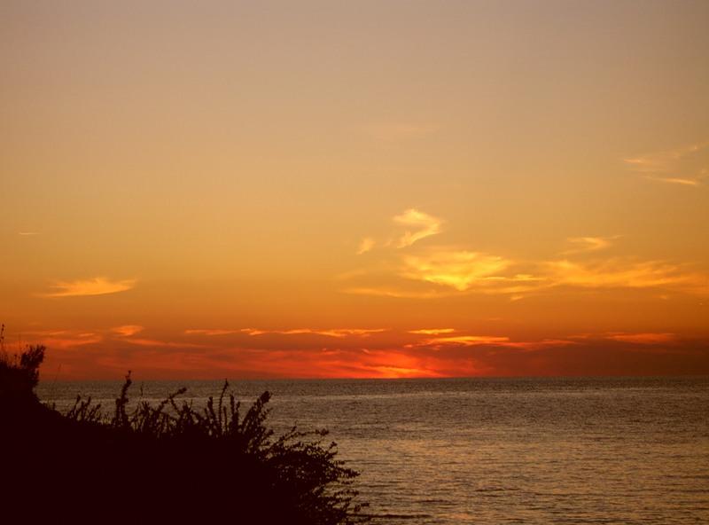 Crvena Otok Red Island 9A/UT2II