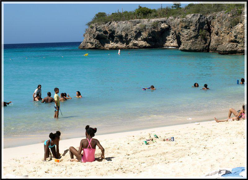 Curacao Island DX News PJ2/K6GO