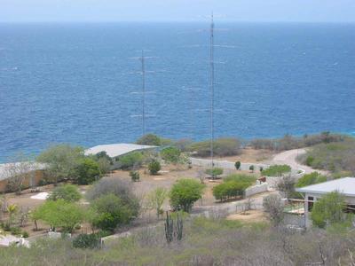 Curacao Island PJ2T