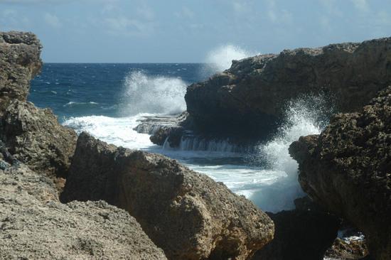 Curacao PJ2T CQ WW DX SSB Contest 2010
