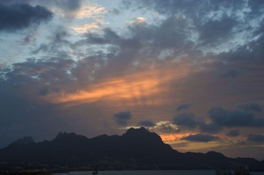 D44CF Миндело Восход солнца Кабо Верде Острова Зеленого Мыса