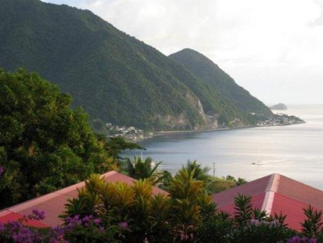 Остров Доминика J73M