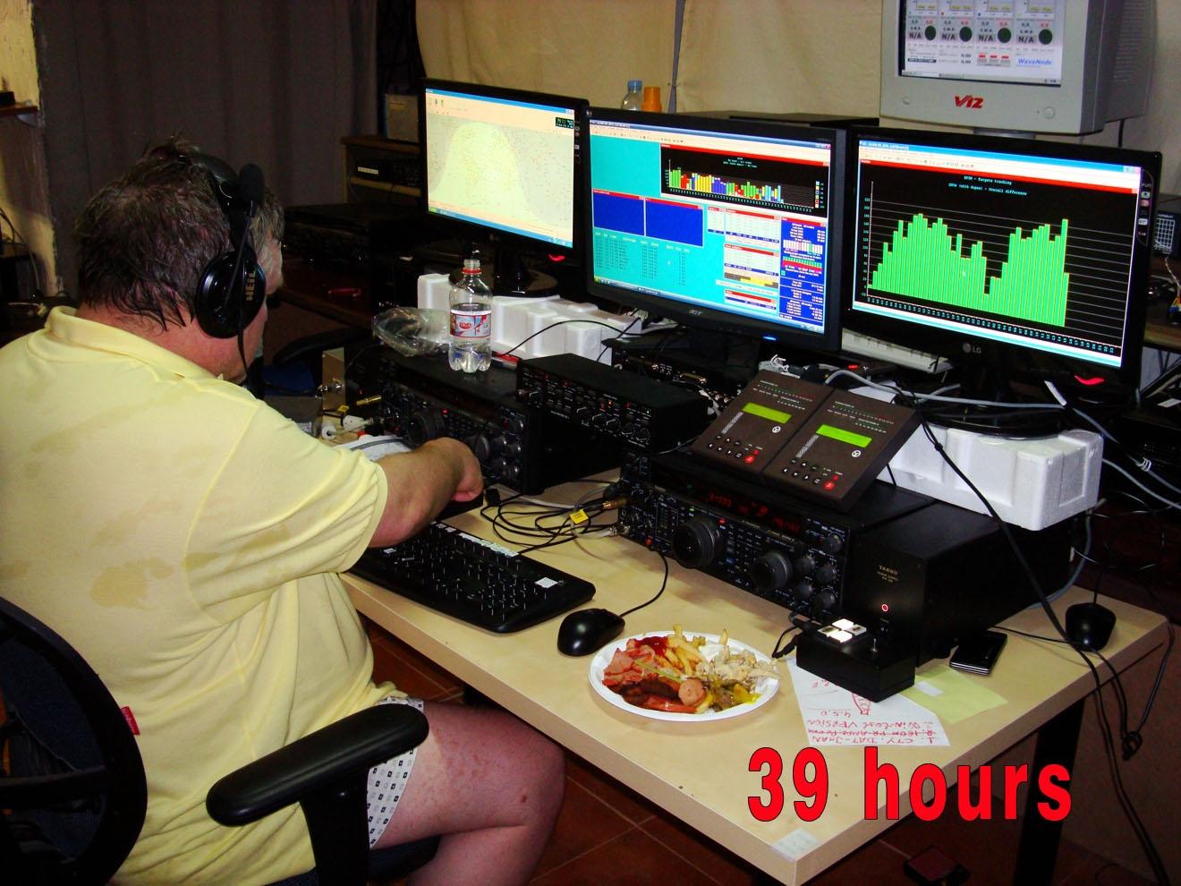 EF8M RD3A Food CQ WW DX CW Contest 2010
