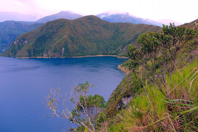 Ecuador Cuicocha Lake HC2SE