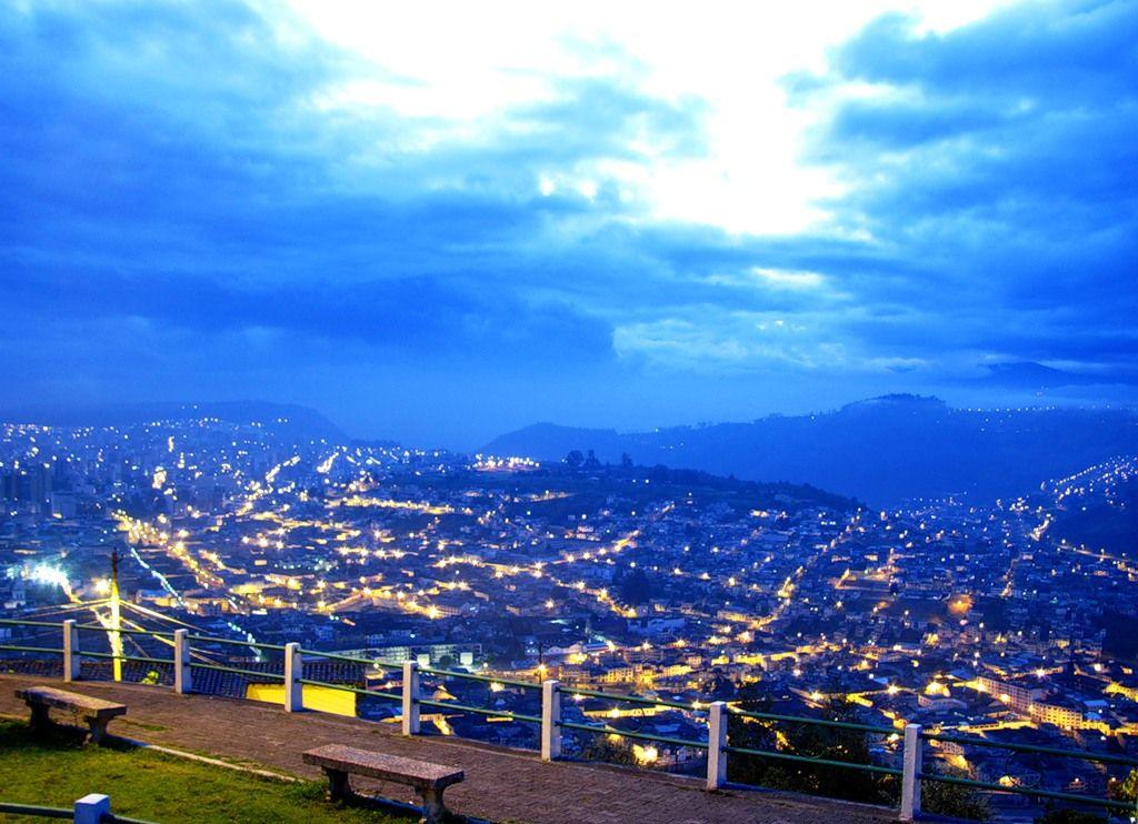 Ecuador HC1WDT DX News