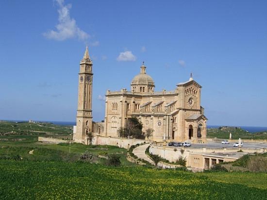 Gozo Island 9H3UM