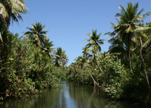 Остров Гуам NH0S/KH2