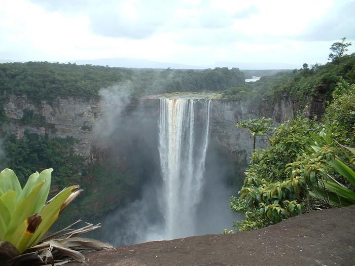 Гайана 8R1A 2013 DX Новости