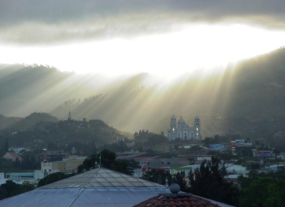 Гондурас HQ2W