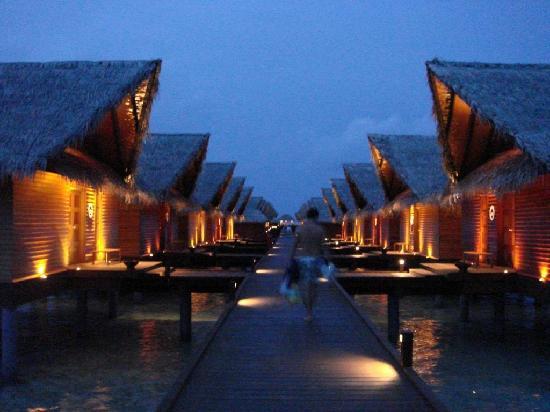 Остров Худуранфуши Мальдивские Острова 8Q7AK