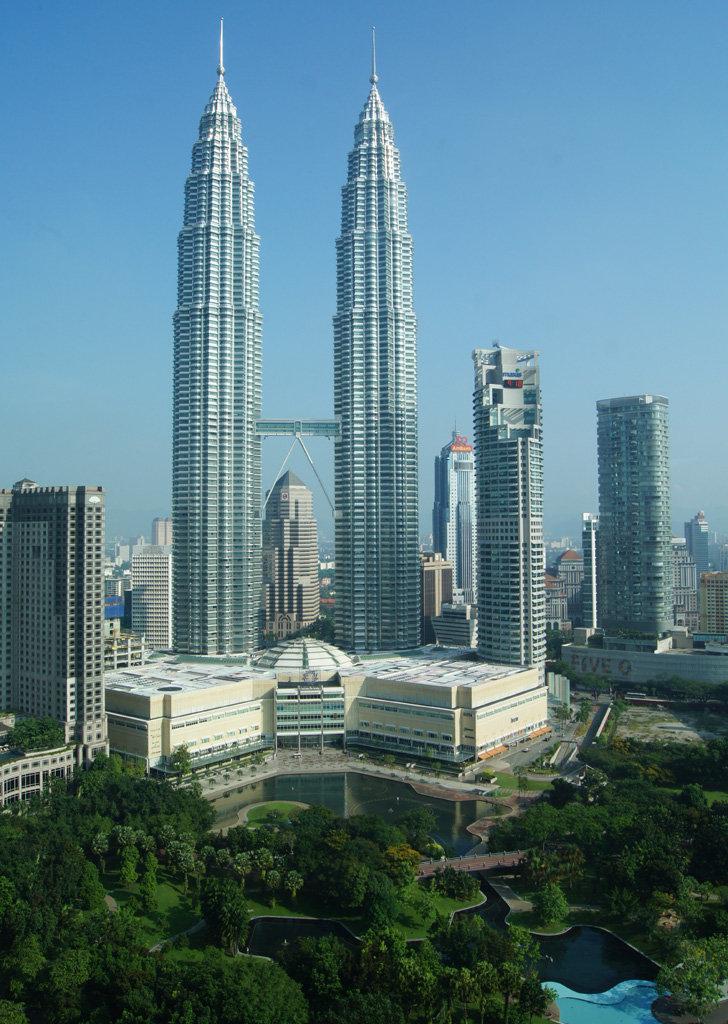 Kuala Lumpur Malaysia 9M8DX/2