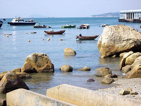 Lamma Island Hong Kong VR2/W8AY DX News