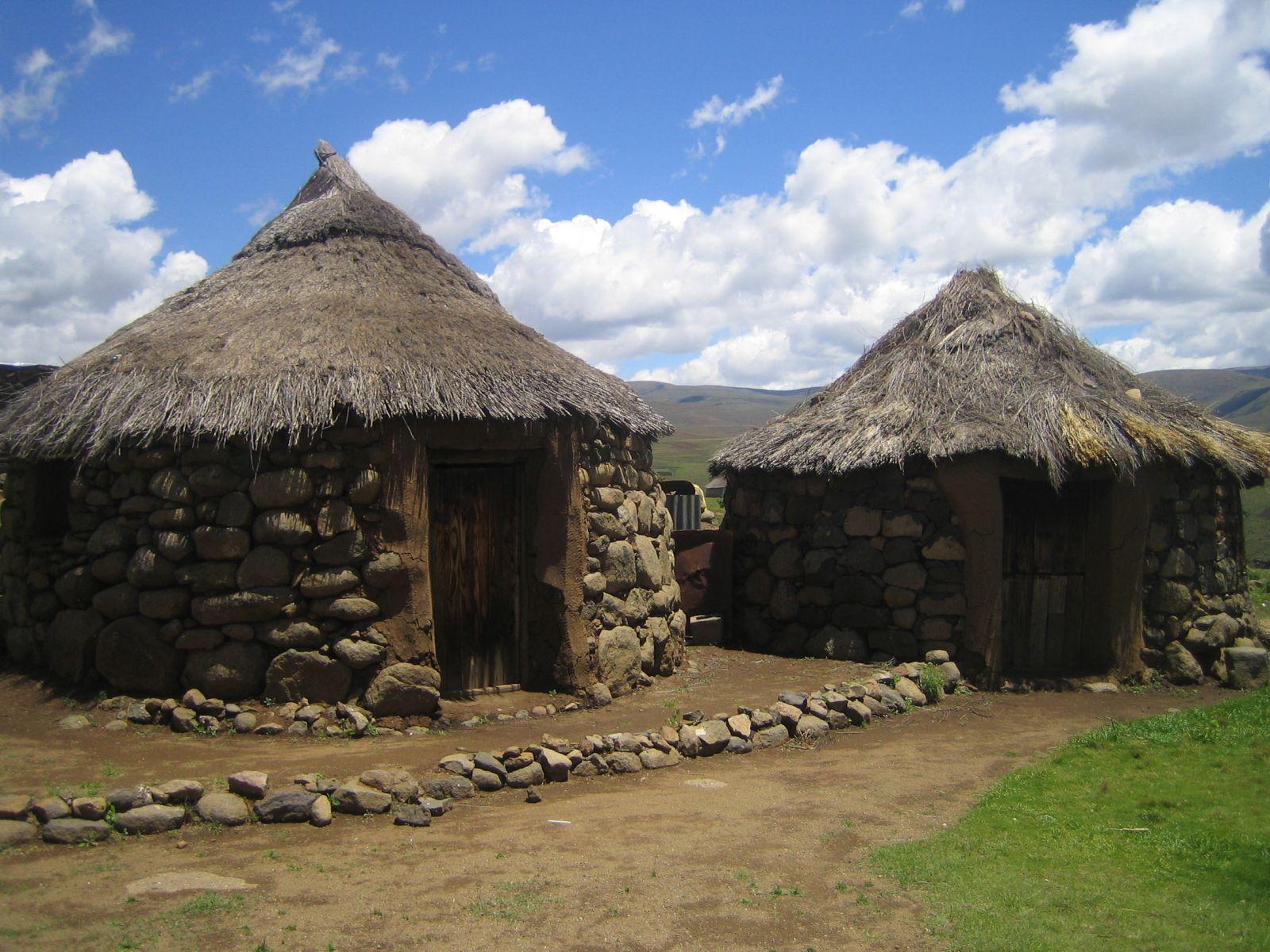 Lesotho 7P8YY DX News