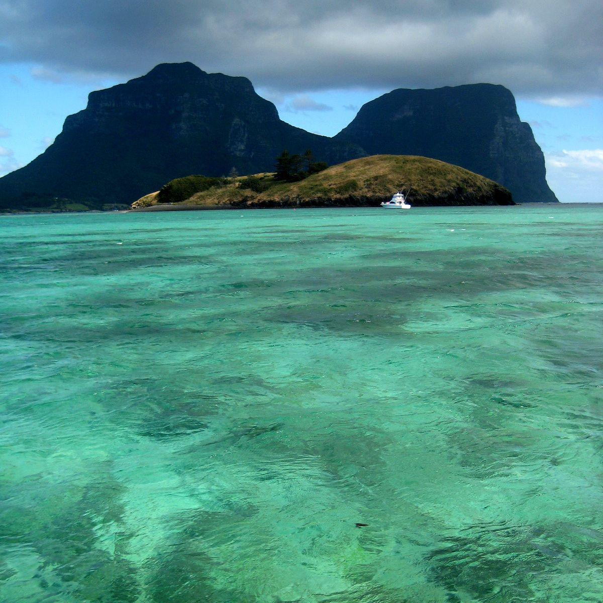 Остров Лорд Хау VK9DLX VK9LM
