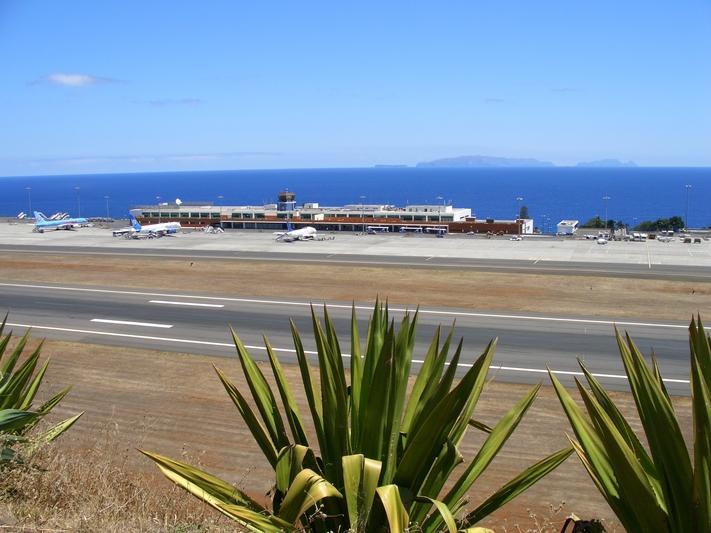 Мадейра CR3E WW CW 2010 Аэропорт
