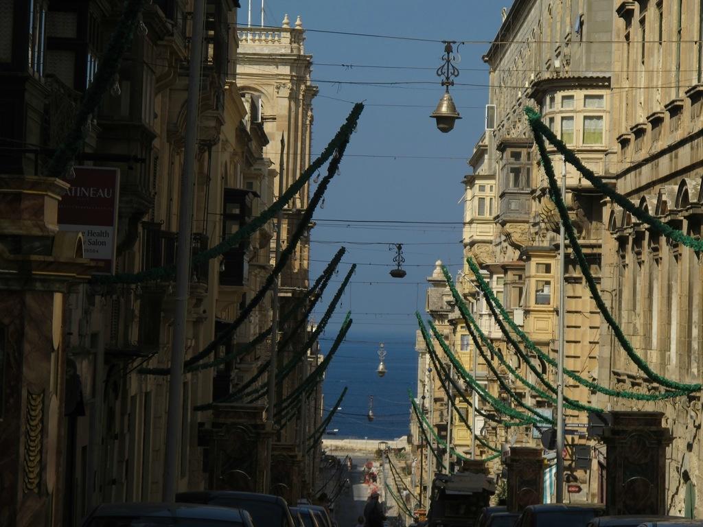 Malta 9H/UT6UA DX News