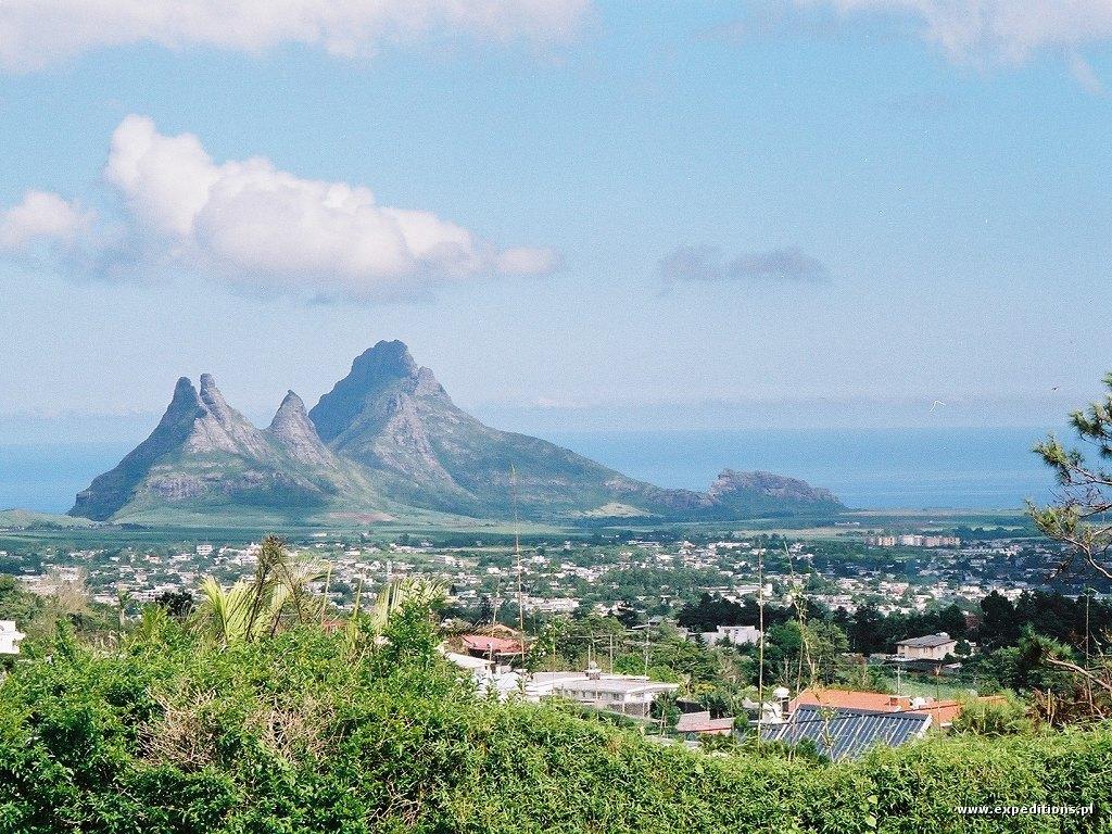 Mauritius Island 3B8SC Mountains