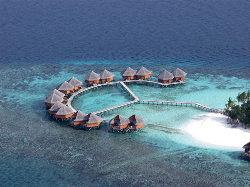 Mirihi Island South Ari Atoll Maldive Islands 8Q7SO DX News