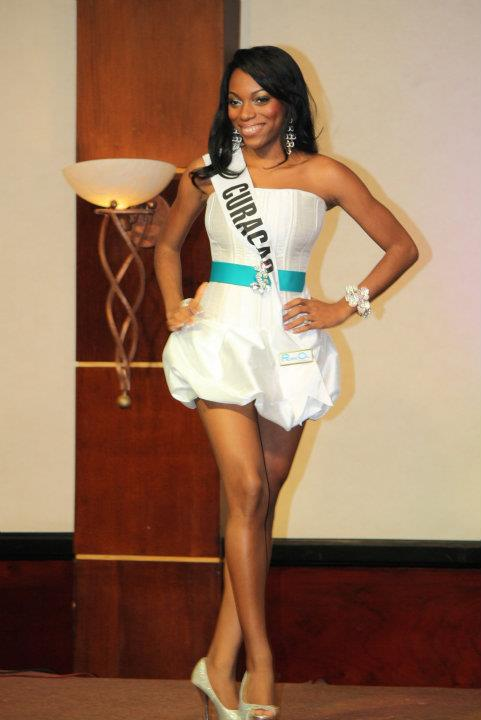 Miss Curacao DX News