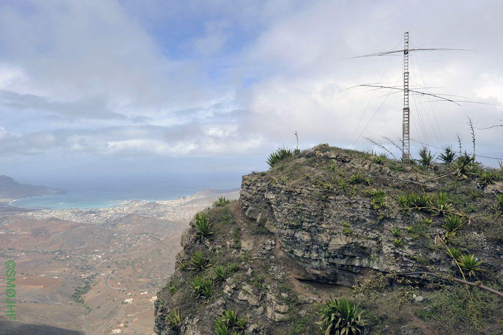 Монте Верде Кабо Верде 750 метров над уровнем моря видно город Миндело
