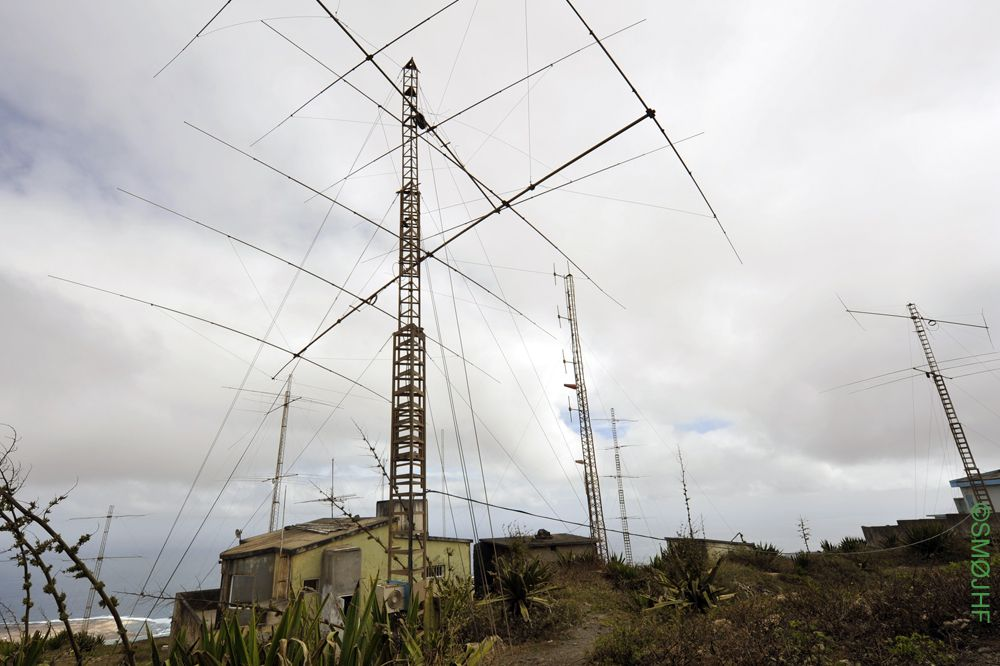 Monte Verde Cabo Verde D4C Many antennas damaged